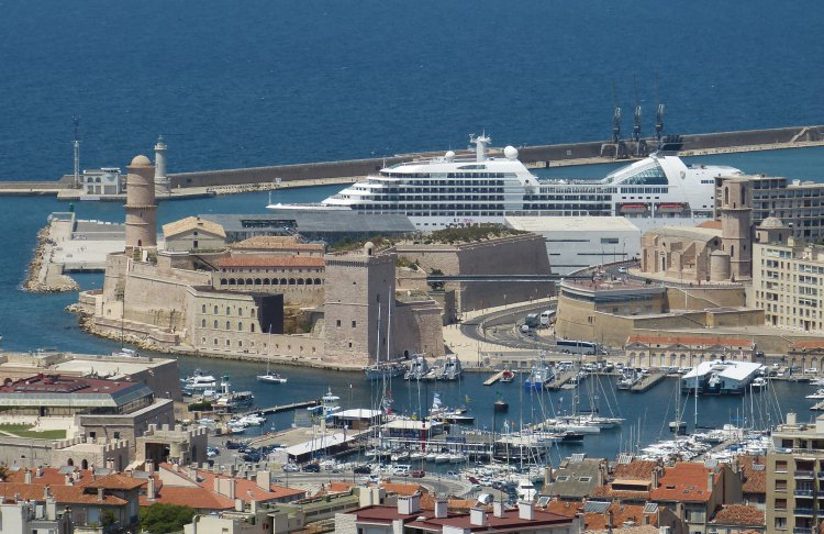 Cruise ship in Marseille